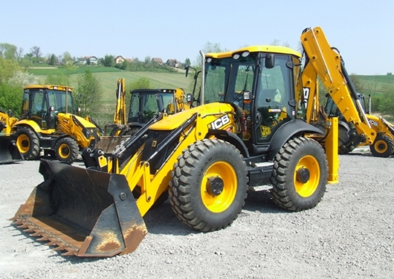 location-tractopelle-jcb-4-cx-bourg-blanc.jpg